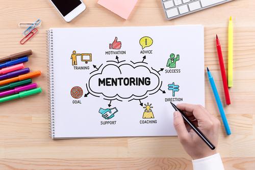Esimies mentorina | Johtamistaidon opisto JTO