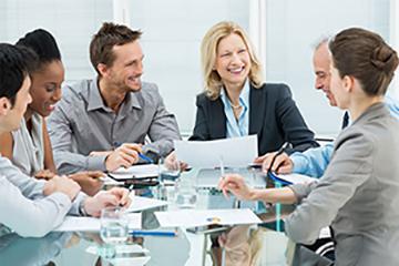 Esimies työhyvinvoinnin johtajana | Johtamistaidon opisto JTO