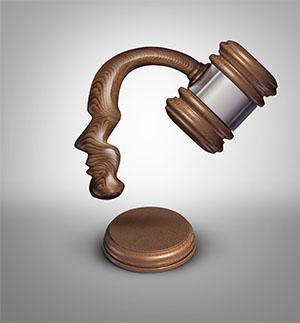 Esimiehen työsuhdeasiat erityistilanteissa_ihmiskasvoinen juridiikka